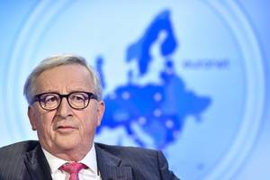 juncker warns of difficulties implementing activists' climate demands