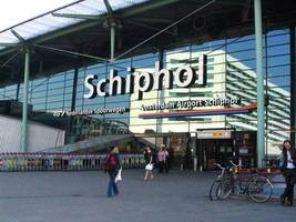 schiphol airport disruption amid false report of hijacking