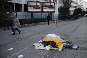 france toughens stance on immigration