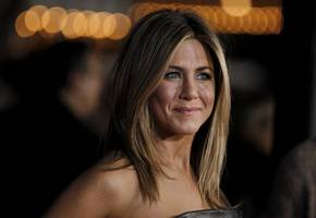 Jennifer Aniston Might Have Inspired This Co-Star To Finally Join Instagram