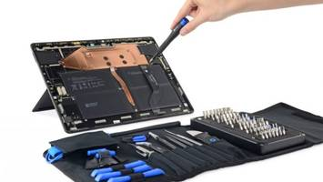 Microsoft Surface Pro X Is Shockingly Easy to Repair