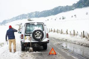 Here's what to do if your car breaks down this winter