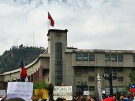 church looted by vandals as protests rage in chile's capital
