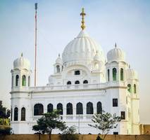 kartarpur corridor: india pilgrims in historic visit to pakistan temple
