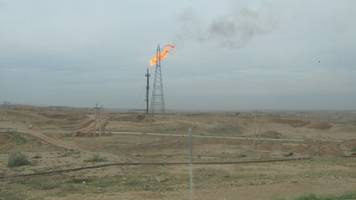Iran President: New Oil Field Discovered With Over 50 Billion Barrels of Crude