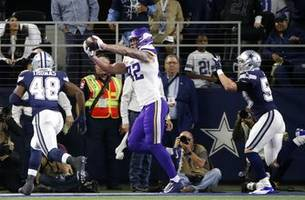 Rudolph's pair of touchdowns help Vikings edge Cowboys 28-24