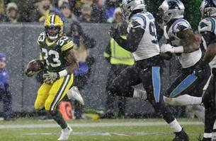 Upon Further Review: Jones shines in Packers' snowy win over Panthers