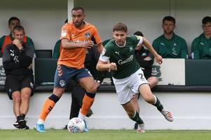 joe riley has been playing through the pain barrier for plymouth argyle, reveals ryan lowe