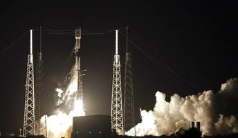 elon musk's spacex launches 60 starlink satellites, hitting major milestones in rocket reusability