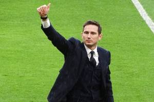 20,000 pounds if late to training: frank lampard's list of fines for chelsea players revealed