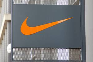 nike ends direct sale of clothes and shoes on amazon
