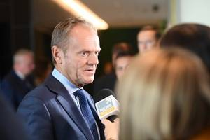 'Don't give up' on stopping Brexit, says Donald Tusk