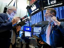 us stocks surge to another record high as s&p 500 posts longest streak of weekly gains in 2 years