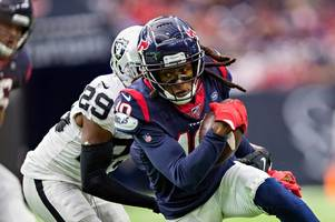 deandre hopkins hails epic 'sign of the year' from houston texans fans
