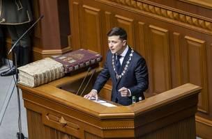 zelensky says ukraine getting 'tired' of trump scandal