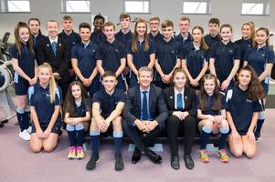 steve cram visits tollbar academy for annual prizegiving ceremony
