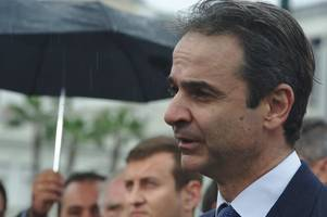 blaming eu, mitsotakis says greece hits wall over refugee crisis