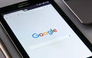 google limits political ad targeting, bans misleading info