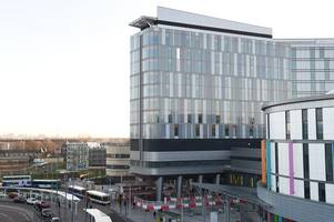 nhs greater glasgow and clyde need new leadership after super hospital failings