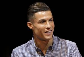 ronaldo left to 'cool off' for injury-hit juve