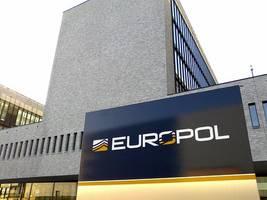 eu agencies, service providers take down is propaganda