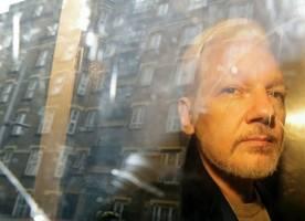 'julian assange may die in jail': 60 doctors write to uk home secretary