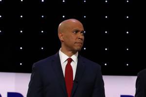 cory booker dismisses 'artificial new rules' of democratic debates