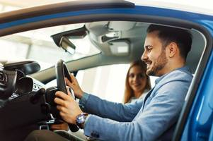 giving friends a lift could cost you £2,500 and invalidate your car insurance, warn police