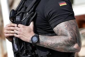 baffled german police offer reward to help solve jewellery heist