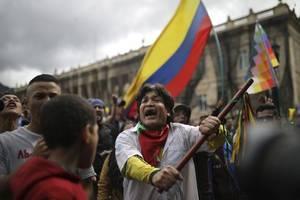 colombians protest against government, us backs bogota
