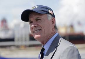 fired navy secretary spencer criticizes trump in seal's case