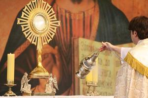 jesus manger: relic to return to bethlehem in time for christmas