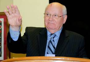 gorbachev: russia and us must avoid 'hot war'