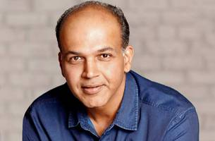 ashutosh gowariker: i can't let fear of comparison keep me from making my film
