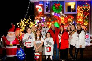a hamilton house is lit up with thousands of christmas lights for the les hoey mbe dreammaker foundation