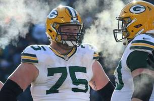 Packers Snap Counts: Bulaga back at it despite injury scare