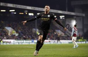 gabriel jesus scores 2 as man city beats burnley 4-1 in pl