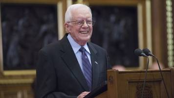 jimmy carter is back in the hospital for an infection