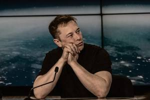 Elon Musk faces defamation trial over spat with British diver