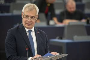 finland prime minister antti rinne resigns after coalition collapses