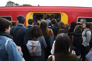 twitter users perfectly sum up the mood of commuters during the south western railway strike