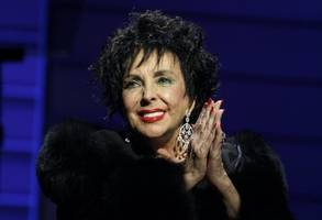 dame elizabeth taylor's grandson recalls growing up with hollywood star