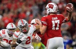 Badgers shut out in second half, fall to Ohio State in Big Ten title game