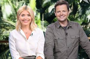 i'm a celebrity 2019 viewers want holly willoughby back as ratings plummet