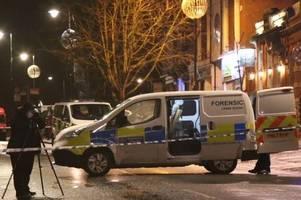 man 'sets himself on fire' outside chislehurst high street pub the queen's head