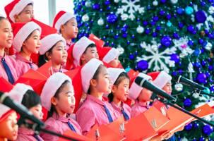 heartwarming christmas: paying love forward atlantis sanya unveils festival fun-filled surprises
