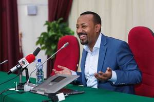 ethiopian pm abiy ahmed picks up nobel peace prize as pressure mounts back home
