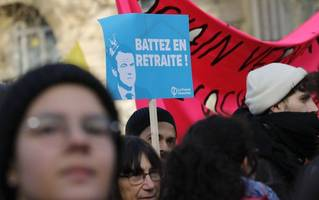 france protest: mass rallies called on sixth day of disruption