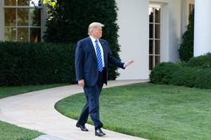 trump to meet russian fm, 2 years after controversy