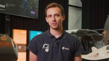 sébastien's ygt: system engineer in the clean space office